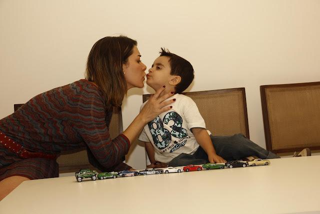Mãe Sem Frescura - Beijar na Boca do Seu Filho
