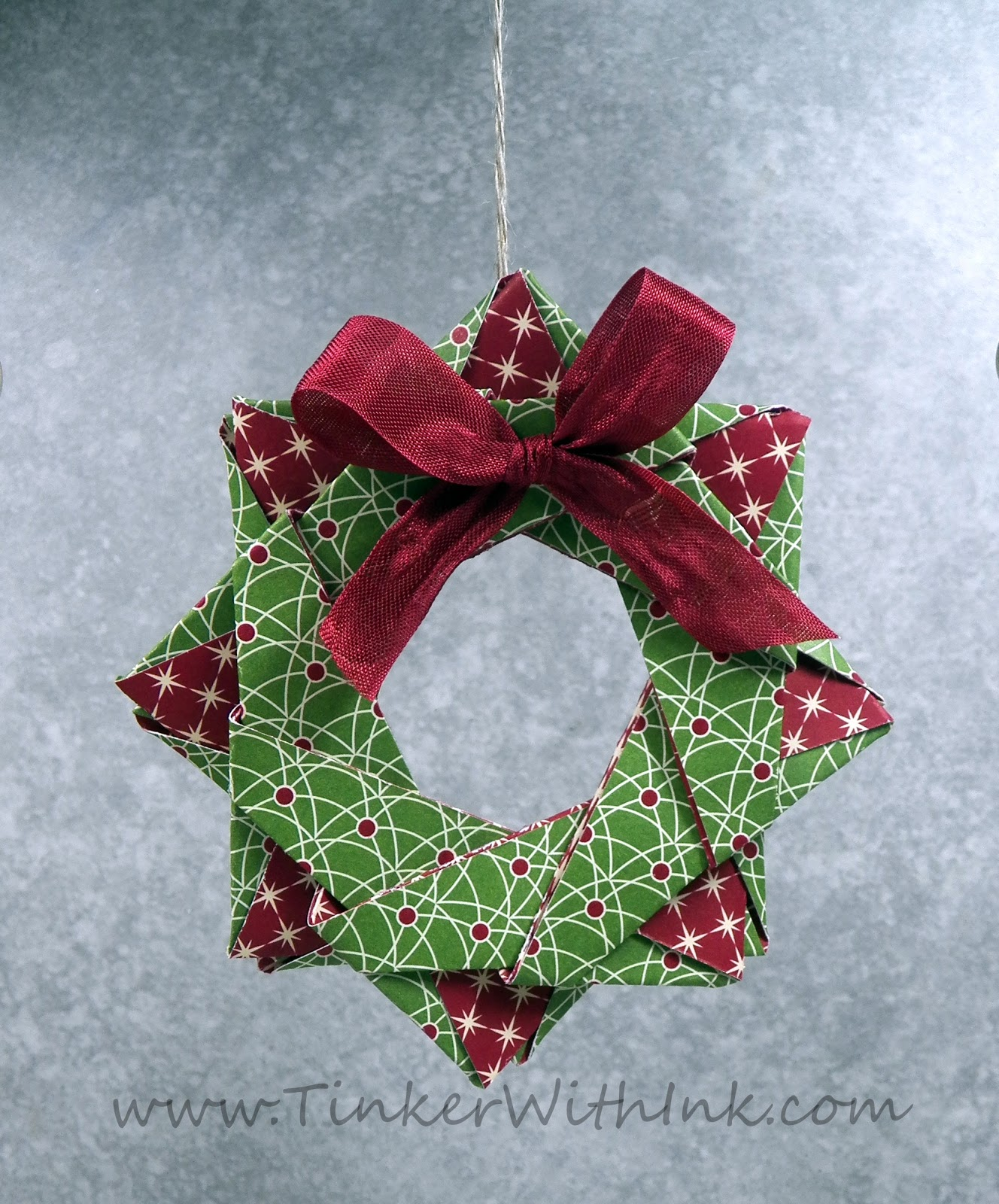 How to make an poinsettia origami amcordesign us -  How To Make An Accordion Folded Paper Wreath Chatelaine Origami Wreath Lzk Gallery