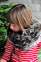 Tutorial: Faux Fur Infinity Scarf
