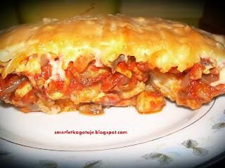http://smerfetkagotuje.blogspot.com/2013/10/ryba-z-pieczarkami-i-ketchupowym-sosem.html