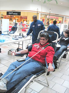 Laurel donating blood
