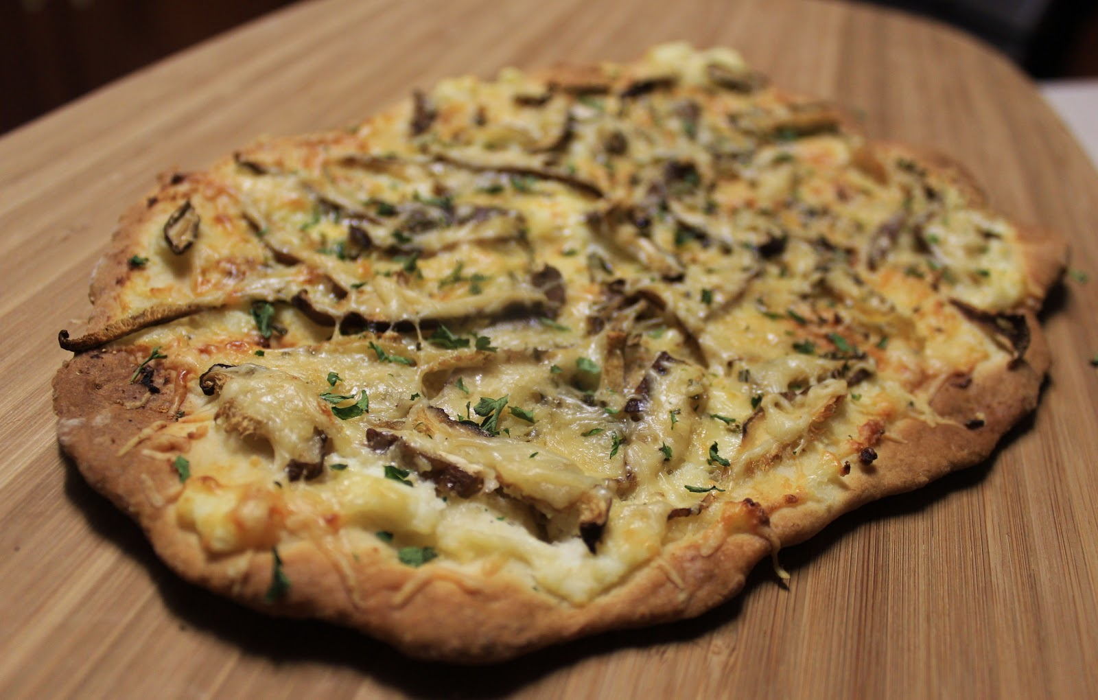 mushroom and arugula pizza mushroom bell pepper and green onion pizza ...