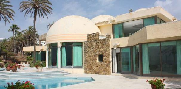 Teniay luxury impresionante villa de lujo en primera l nea de mar marbella - Casa de lujo en marbella ...