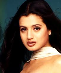 Amisha patel simple look and desktop wallpapers and photos