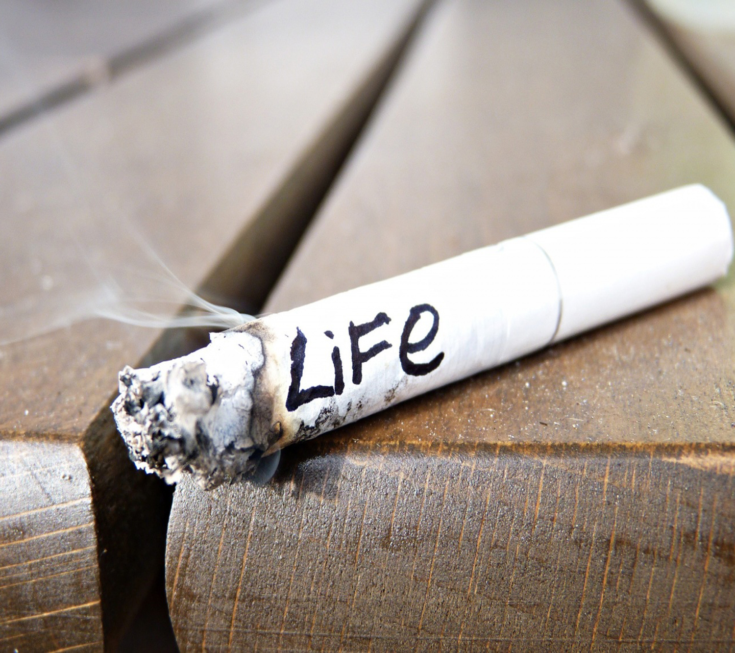 an analysis of the harmful effects of smoking Effects of smoking smoking environmental risks  a lot of harmful chemicals that are in cigarettes can be found in cigarette butts as well – they filter the .