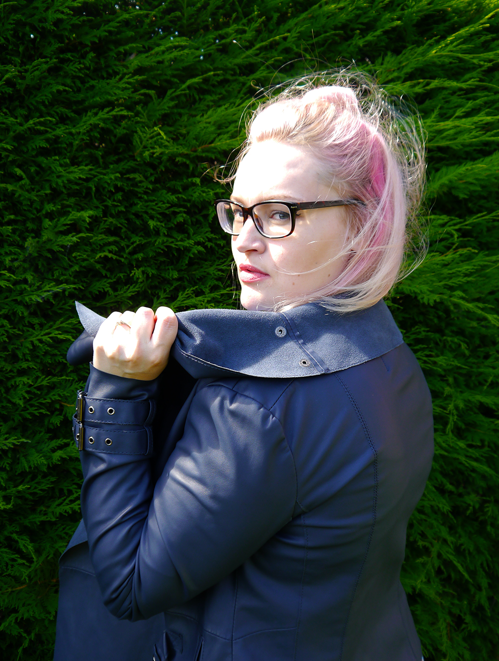 Scot Street Style, biker jacket, Scottish Blogger, pink hair, how to, glasses, Dundee