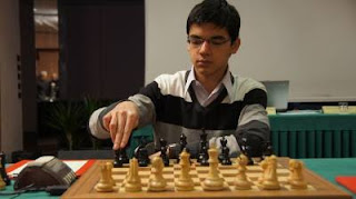 Anish Giri (2714) © Martha Fierro
