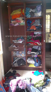 Pervad, House, Robbery, Gold, Kumbala, Kasaragod Vartha, Kerala, Malayalam news, Kerala News, International News, National News, Gulf News, Health News, Educational News, Business News, Stock news, Gold News.