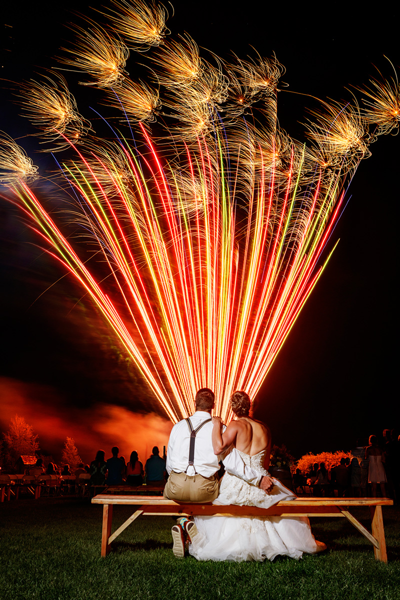 Wedding Fireworks / Photography by Doug Loneman