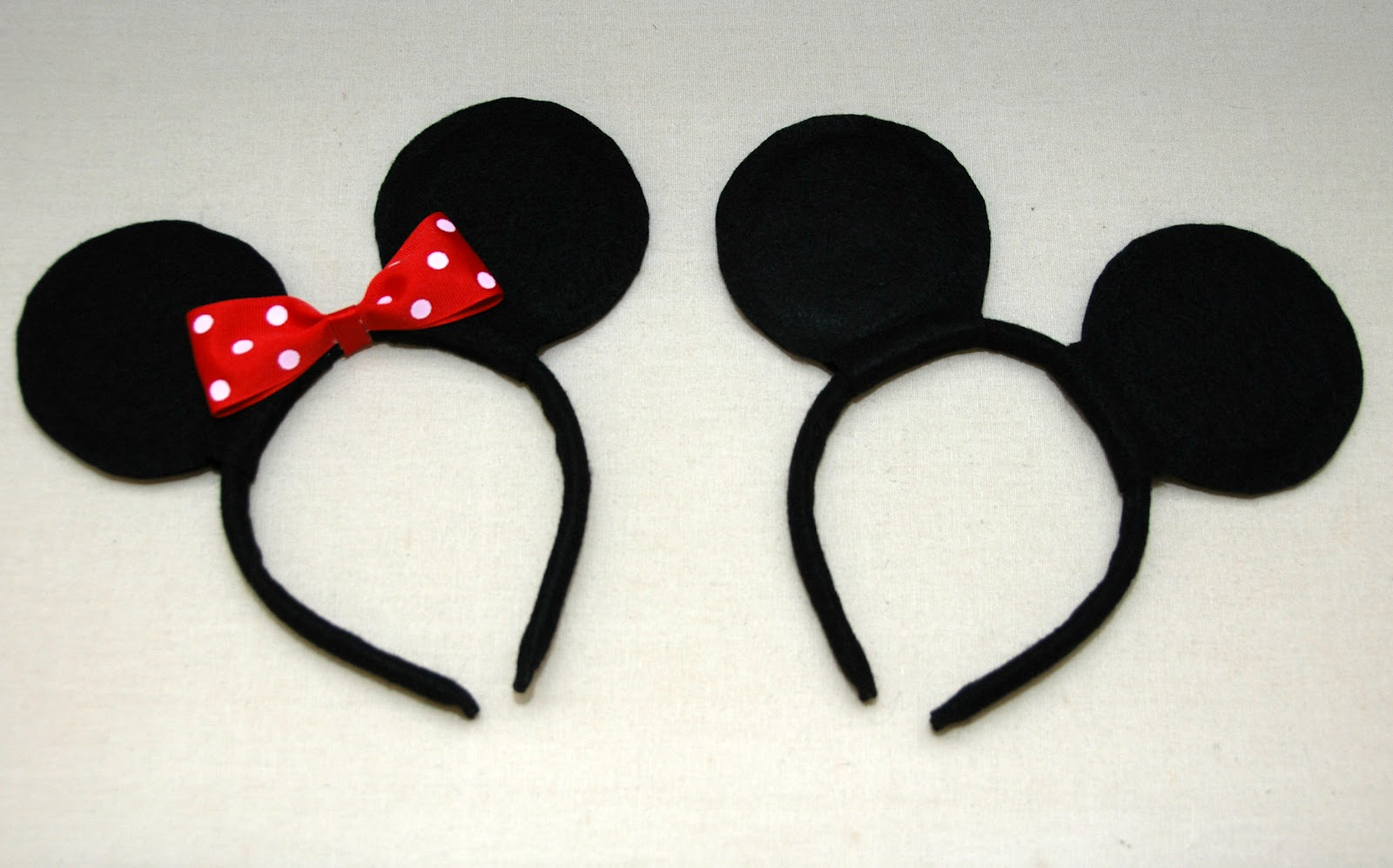 DIY Mickey and Minnie Mouse Ears