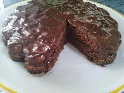 http://anaverita.blogspot.com.es/2015/01/bizcocho-de-chocolate.html