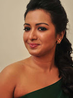 Catherine Tresa at Kathakali Pressmeet-cover-photo