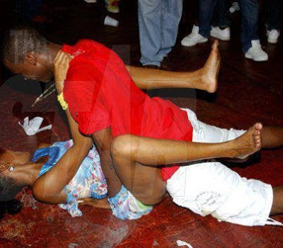 Dirty Dance in Kenya Part 2, wanawake wadanci ki ngono bila woga
