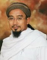TG. HJ DZULKIFLI BIN HJ ISMAIL AL-HADHRAMI GHAFARULLAHULAHU, MUDIR PONDOK BAITUL QURA'