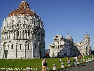 Piazza dei Miracoli dan Menara Pisa