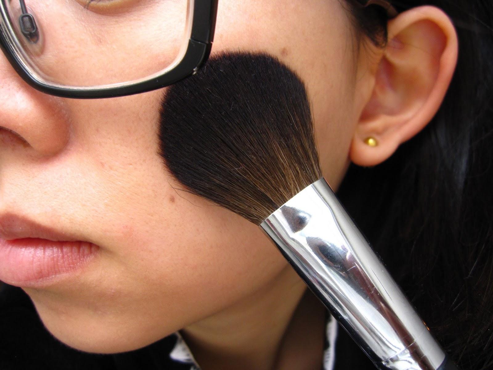 Royal & Langnickel Silk Pro C111-S Synthetic Blush Brush