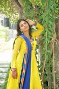 Swapna Photo shoot at debut movie launch-thumbnail-17