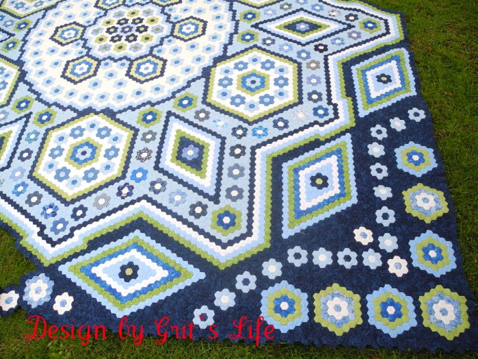 Faeries and Fibres: Cherry Blossom Quilt pattern, hexagon fun and ... : hexagon quilt ideas - Adamdwight.com