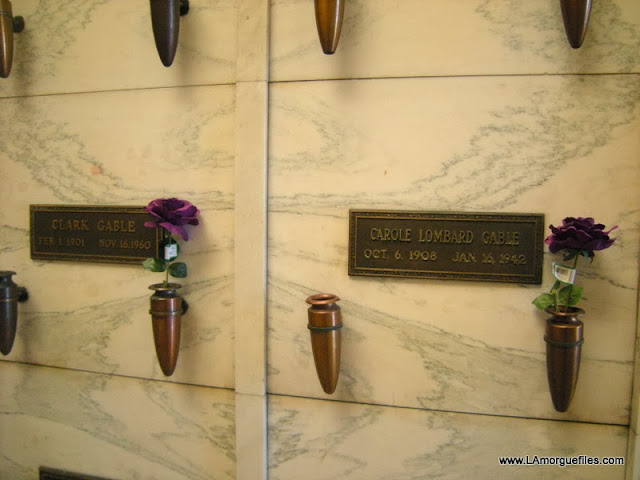 Files gwtw actor clark gable 1960 forest lawn glendale cemetery