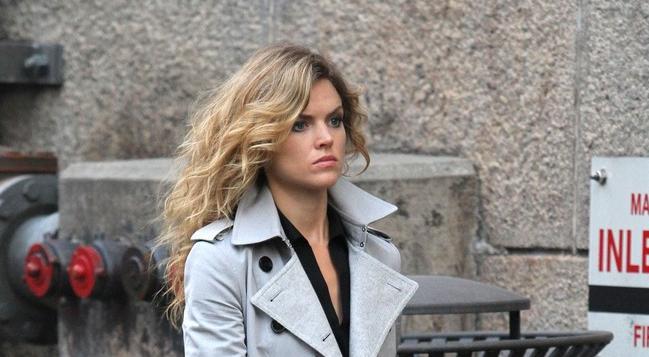 Gotham - Season 2 - Set Photos of Ben McKenzie, Erin Richards & Cameron Monaghan