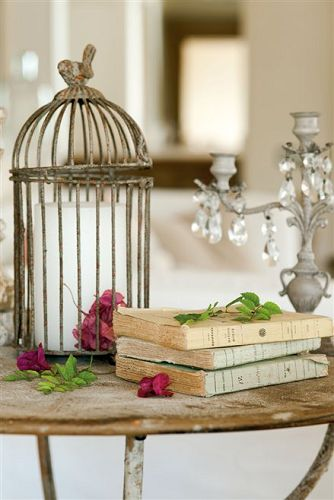 Animate a crear decorar con libros antiguos for Decoracion con libros