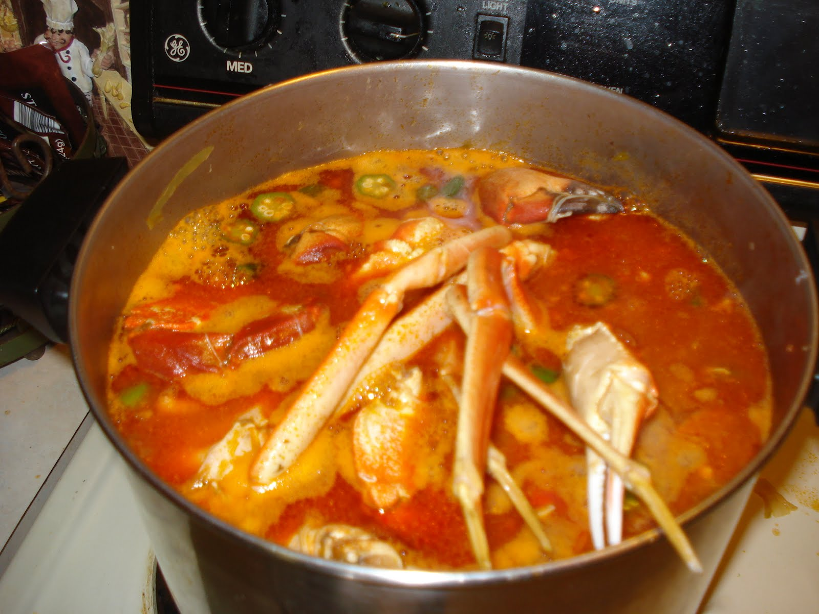 This Aint No Game Show Who Dat Cooking Super Bowl Gumbo Edwina Orange Slip On Posted By Ben A Marine At 618 Pm