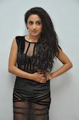 Vriti Khanna sizzling photos gallery-thumbnail-2