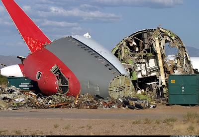 Quanto tempo dura um avião comercial? TBo+747+sucaterado