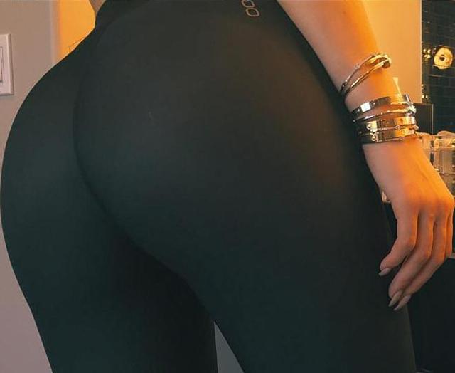 Kylie Jenner luce su cuerpo en instagram