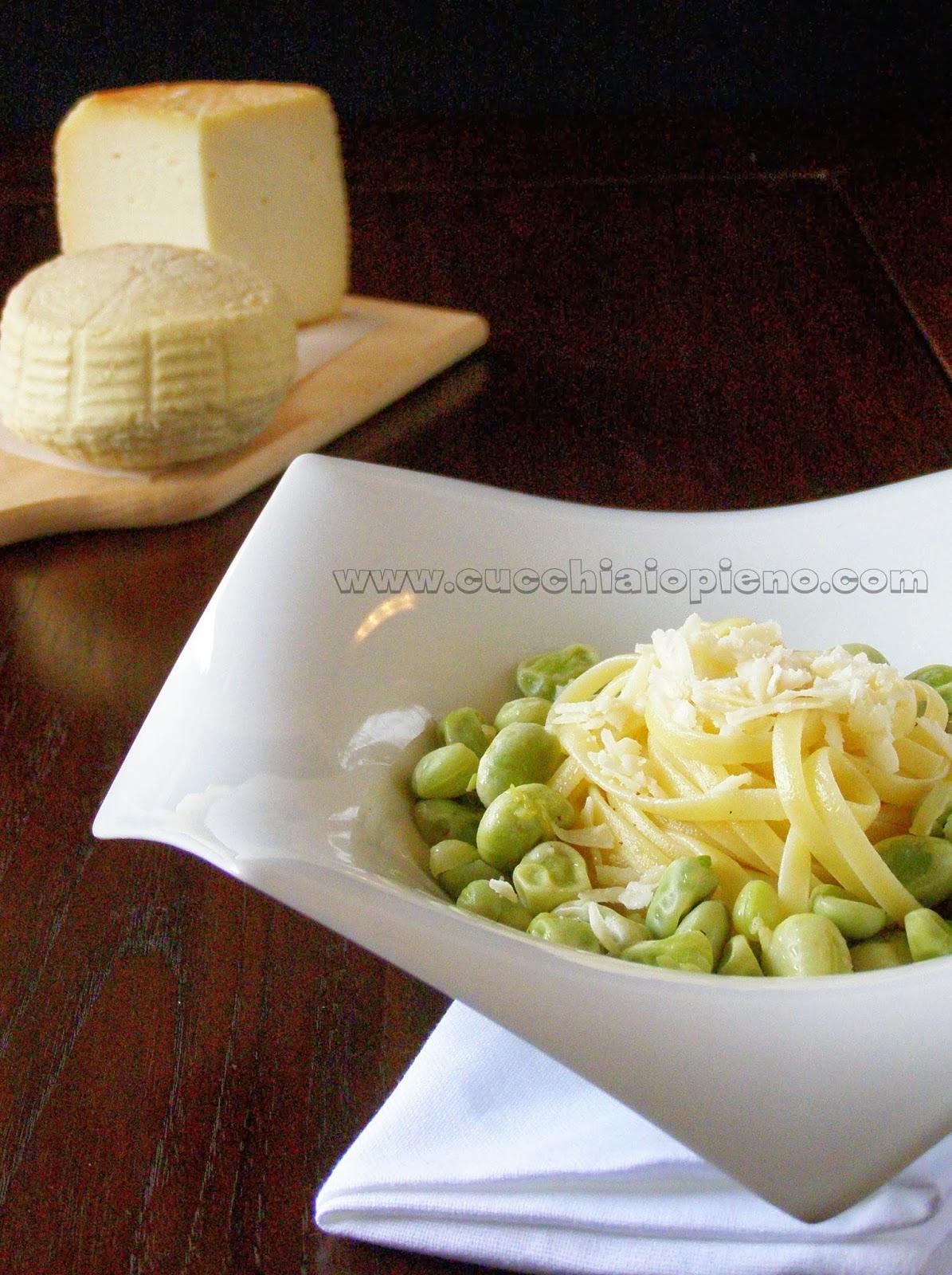 macarrão com favas e queijo
