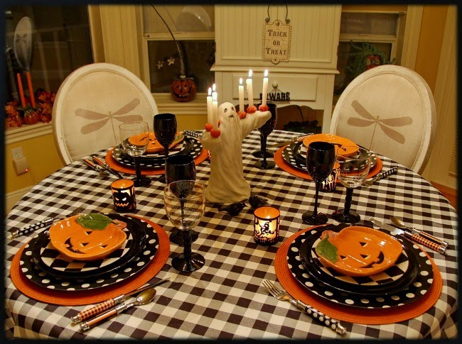 Ghost Halloween Tablescape