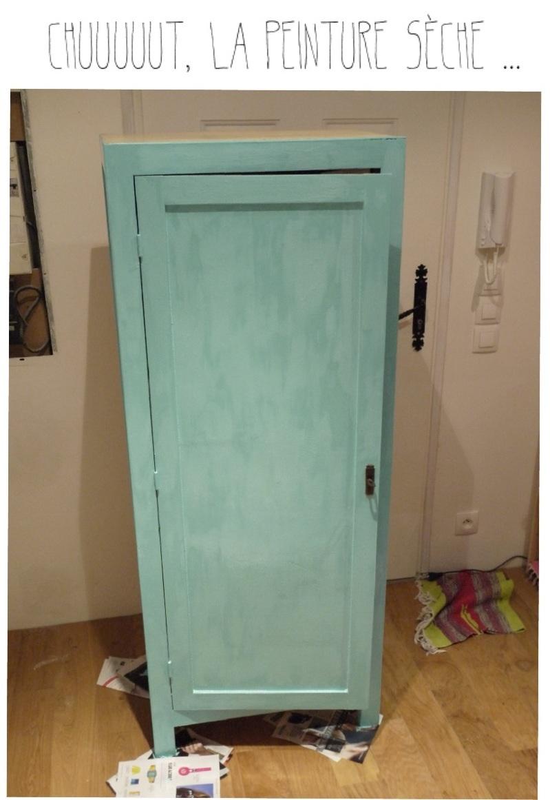 relooker une armoire diy. Black Bedroom Furniture Sets. Home Design Ideas