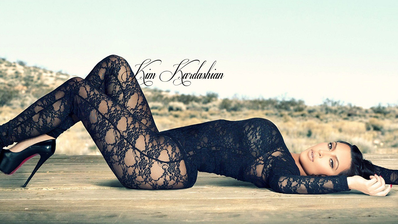 Kim Kardashian Hot Latest HD Wallpaper 2013