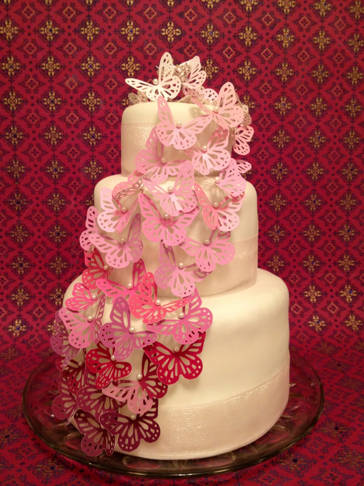 Jennuine by Rook No 17 Easy & Elegant Wedding Cake You