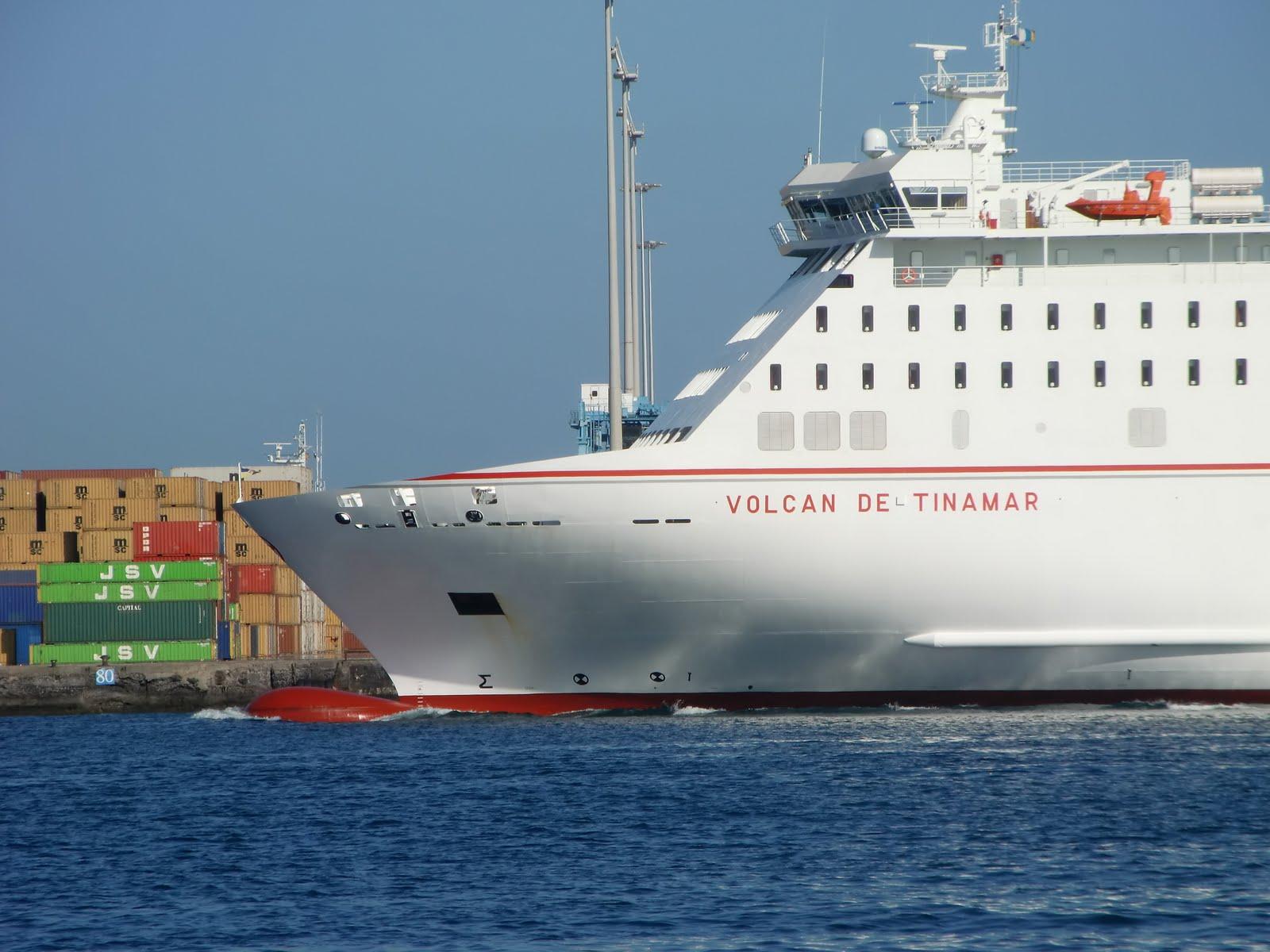 Islas canarias volcan de tinamar vessel buque de for Horario oficina naviera armas las palmas
