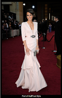 Oscars 2012 Louise Roe in Black Halo