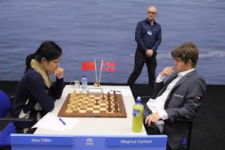 Échecs : Hou Yifan 0-1 Magnus Carlsen - Photo © Tata Steel