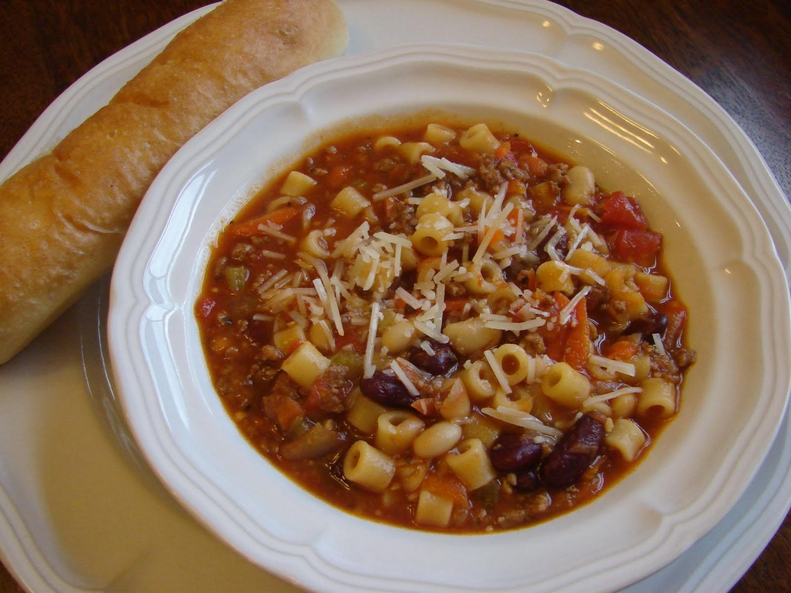A Bear In The Kitchen Crock Pot Pasta E Fagioli Soup