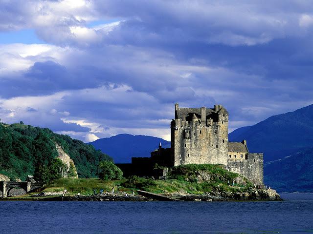 Castillo de Eilean Donan Loch, Duich, Escocia