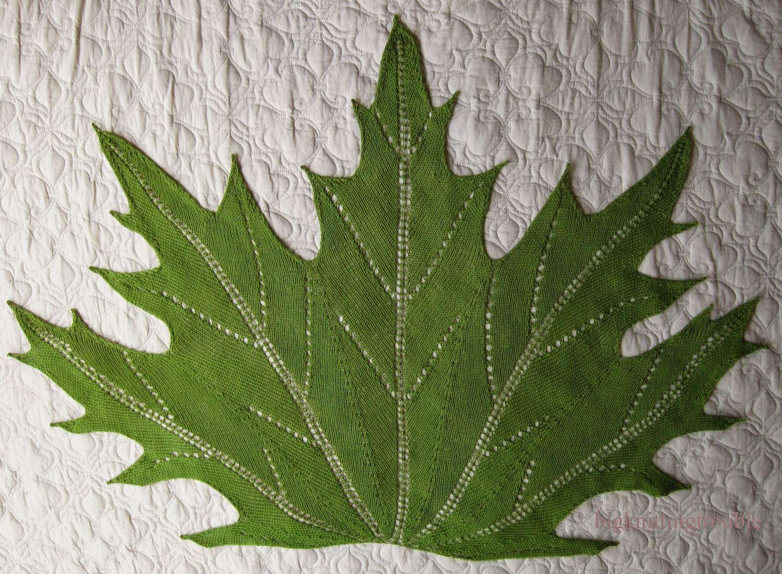 Knit Maple Leaf Pattern Free : Big Knitting Trouble: July 2014