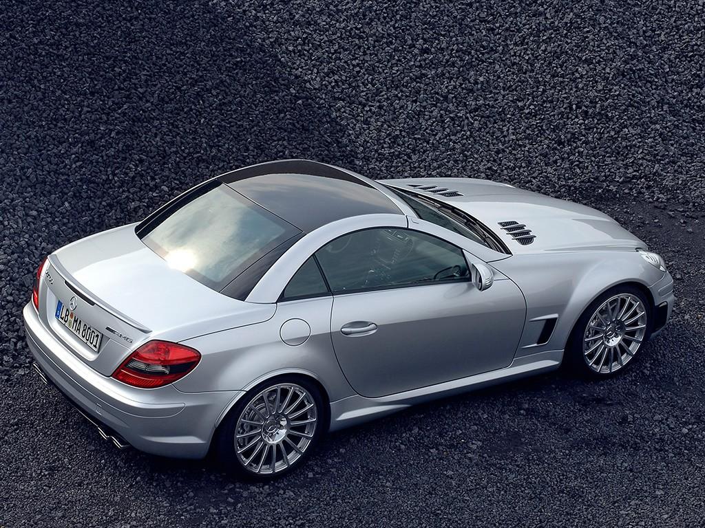 http://2.bp.blogspot.com/-eKFnlKlwxLs/ThMFxzaKw8I/AAAAAAAACow/bM3evdZ8eMo/s1600/Mercedes-Benz%2BSLK%2B55%2BAMG%2BBlack%2BSeries.jpg