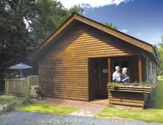 Charming Log Cabin Accommodation