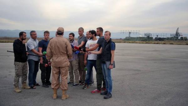 الطيارالروسي الناجي من اسقاط الطائرة بـ «سوريا» يفجر مفاجآة مدوية عن تركيا