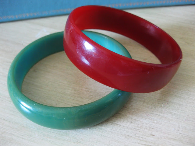 red and green bakelite bangle bracelet