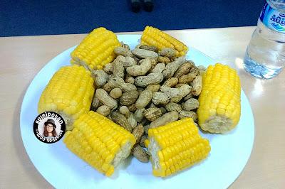 Jagung dan kacang rebus khas Cianjur