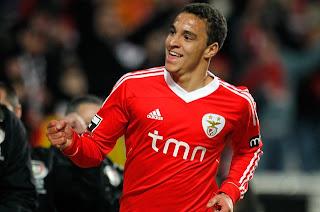Benfica más líder que nunca en la liga de Portugal