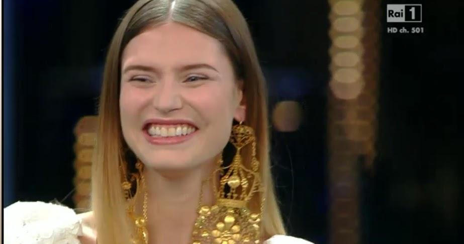 subito lampadari usati : Questanno in TV va di moda il giallo Pubblico Sparlante - TV Musica ...