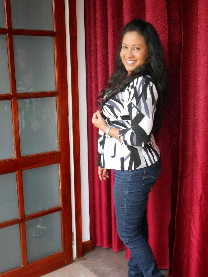 Nirdha Uyanhewa jeans