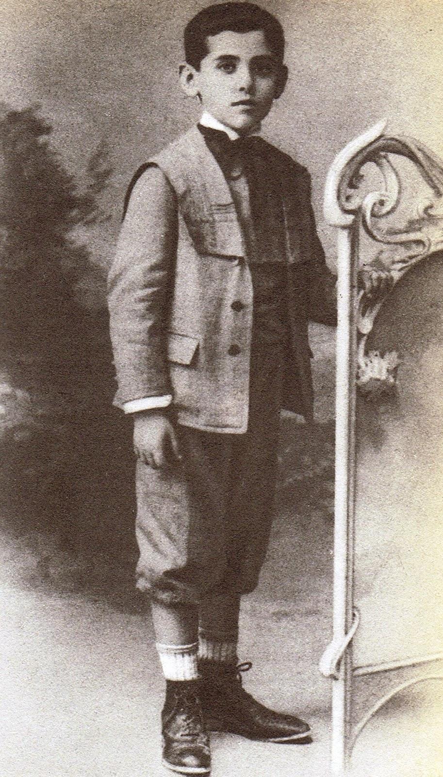 Lorca con seis años