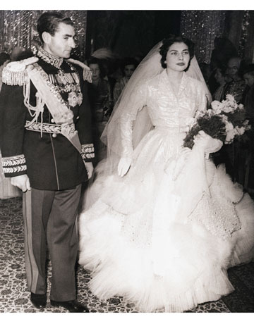 Royal coutureyal wedding gowns a look back through the empressshahbanu soraya of iran christian dior by yves saint laurent junglespirit Image collections
